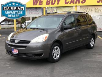 2004 Toyota Sienna LE #039966