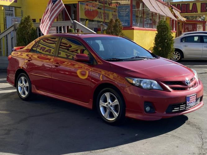 2011 Barcelona Red Mica /Gray Cloth Toyota Corolla S (2T1BU4EE5BC) with an 1.8L I4 engine, Automatic transmission, located at 801 South State Street, Salt Lake City, UT, 84111, (801) 328-0098, 40.751953, -111.888206 - Photo #5